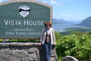 Vista House, Crown Point, Columbia River Gorge, Oregon