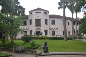 McNay Art Museum, San Antonio TX, Marion Koogler McNay, Sunset Hills
