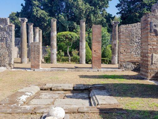 Capri, Sorrento, Pompeii-39