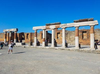 Capri, Sorrento, Pompeii-43